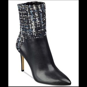 Guess vvidlet dress booties in black tweed 9.5
